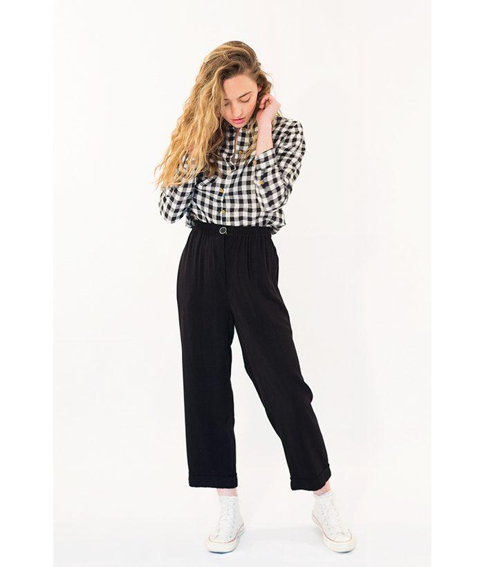 Pantalón tobillero negro marca ROPA CHICA. Moda Primavera Verano LAMOI 2018