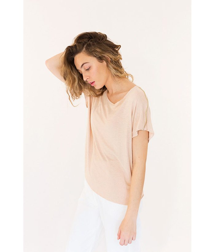 Camiseta de algodón con vivo dorado marca ROPA CHICA. Moda Primavera Verano 2018 LAMOI