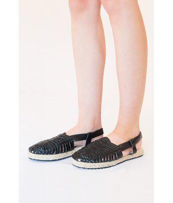 Sandalia artesana de piel marca BIBA. MODA Primavera Verano 2018 en LAMOI