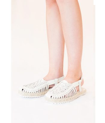 sandalia blanca retro