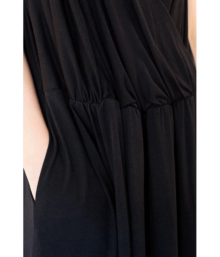 vestido-negro-triantes