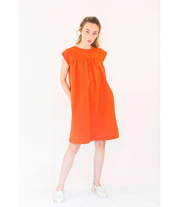 vestido naranja de PAN