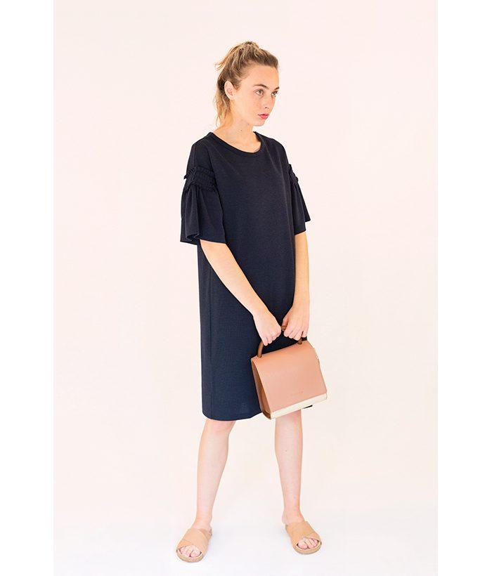 vestido azul marino manga corta de FREEQUENT