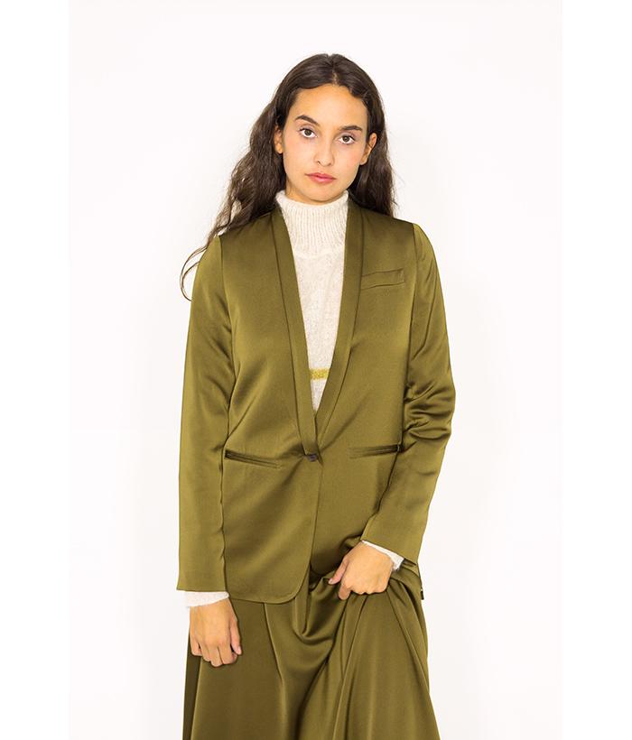 Blazer satinado verde oliva – ROPA CHICA – Moda de mujer en LAMOI