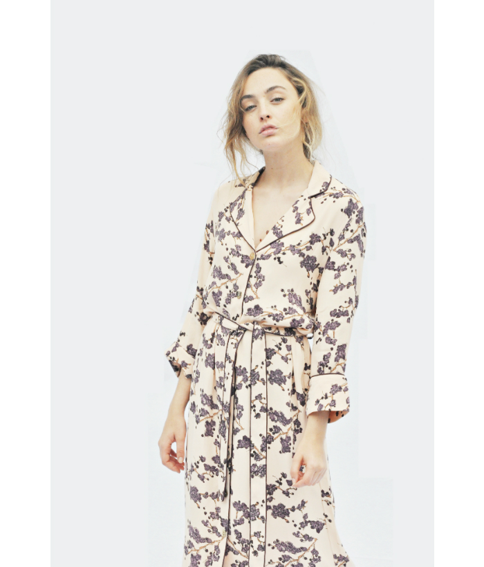 vestido bata con estampado floral