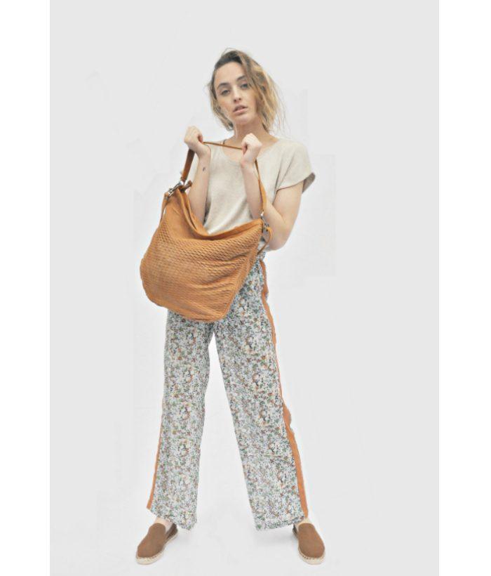 Pantalón de flores con goma en cintura