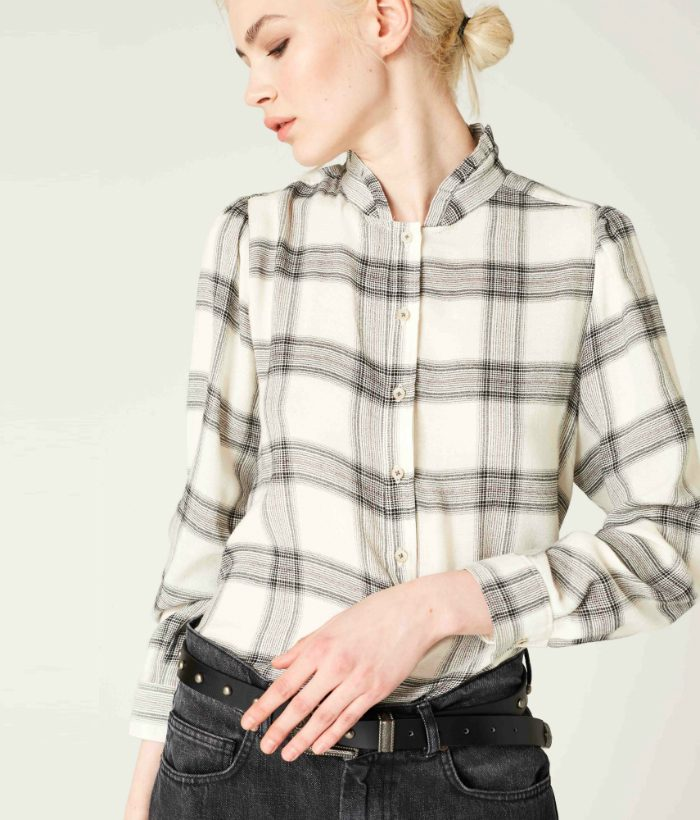 blusa de cuadros con hilo de brillo