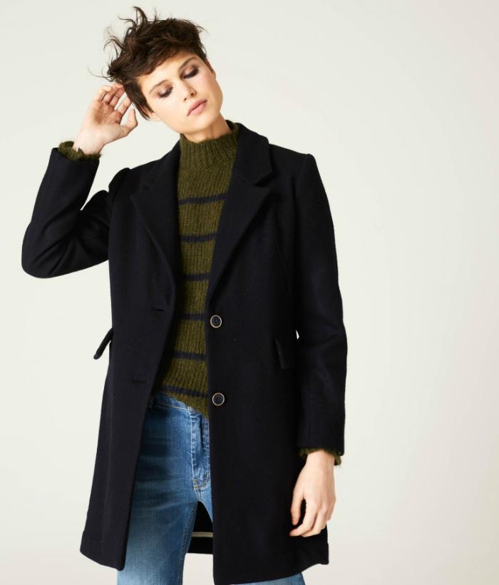 abrigo sastre color azul marino