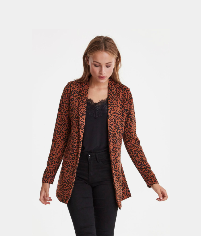 blazer color teja  con estampado print