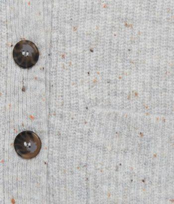 Chaqueta de punto azul con botones y bolsillos