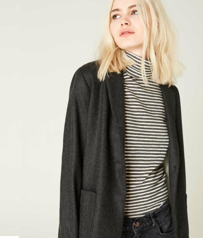 Blazer gris de lana con bolsillo frontales