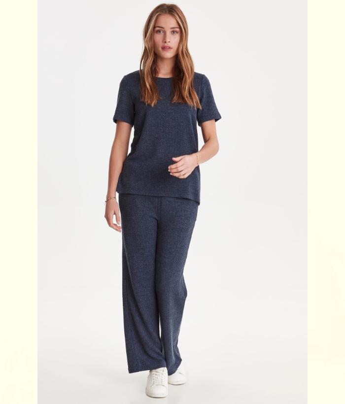 pantalón azul con cintura goma