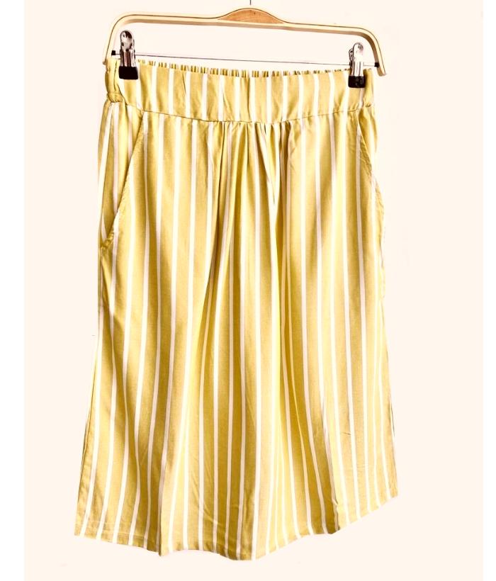 falda de rayas amarillo pistacho