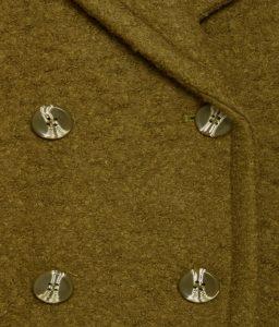 Chaquetón de lana cruzado color verde oscuro