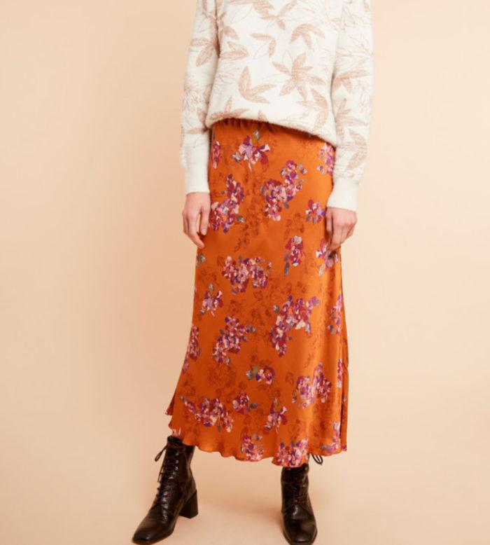 falda de flores con cintura de goma