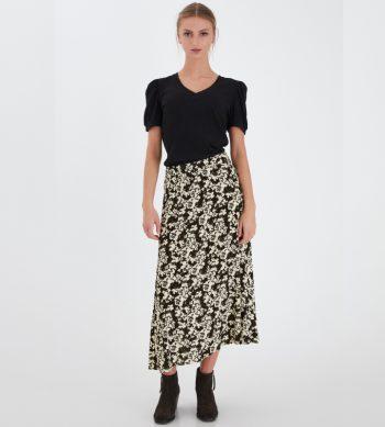 falda midi de flores negra y cruda de ICHI