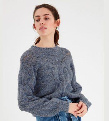 jersey azul de punto de cuello cerrado