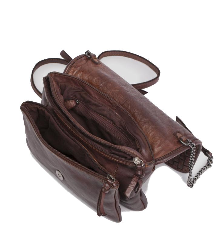 bolso trenzado con correa de piel y cadena2