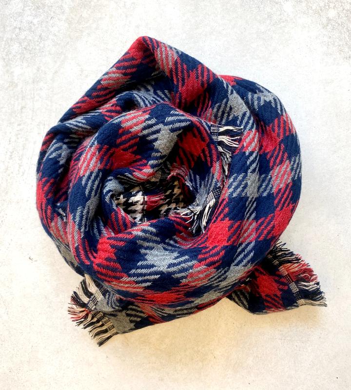 bufanda de cuadros tartán