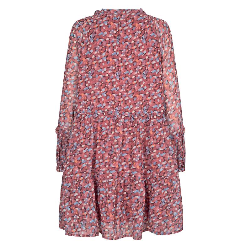 Vestido corto de flores con vuelo de Nümph de manga ancha y abombada, que da mucho estilo y elegancia a la prenda. Su tejido es muy vaporoso y de gran caída y vuelo.