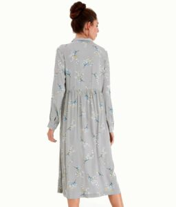 Vestido midi azul con estampado japones floral de ICHI