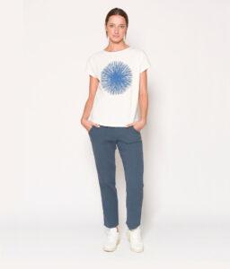camiseta blanca con estrella geométrica de PAN