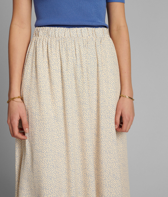 falda cruda con lunares azules de Nümph