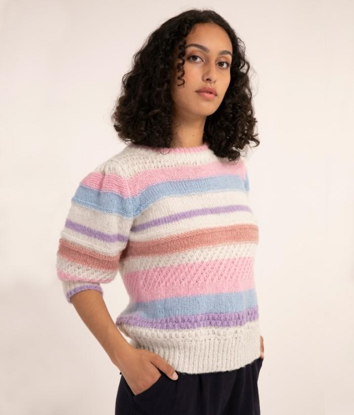 jersey corto de rayas lilas y azules