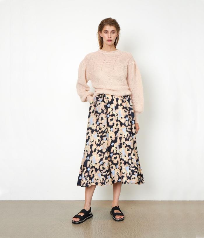 Falda larga de manchas con bolsillos
