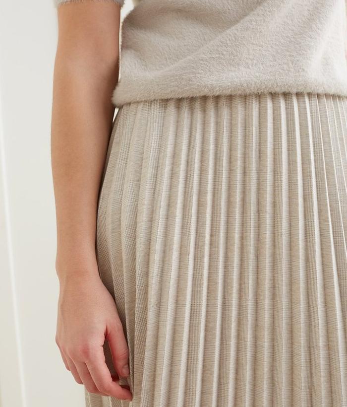 falda de tablas de YAYA