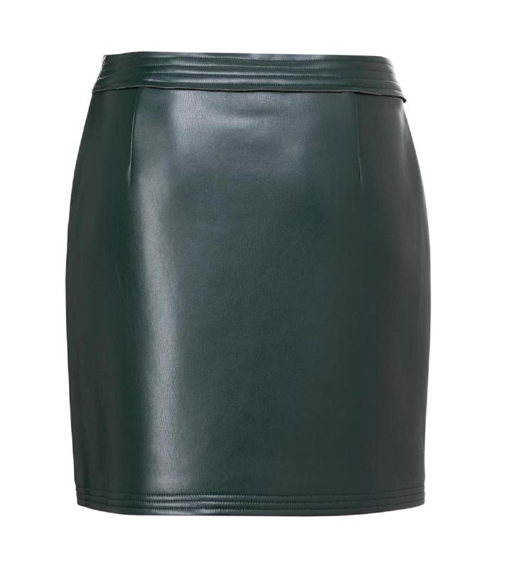 minifalda verde de piel sintética